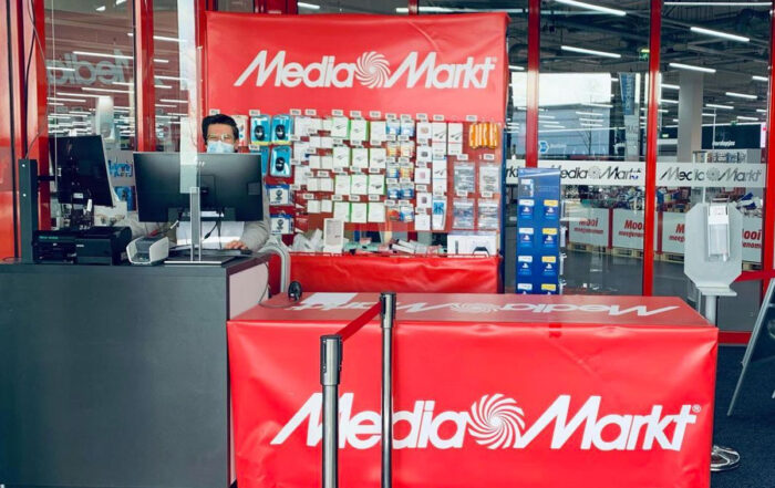 The Wall MediaMarkt Click and Collect